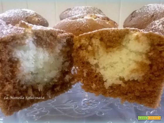 Muffin al cacao con cuore di cocco