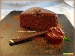 Torta al cioccolato fondente piccante
