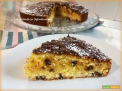 Torta soffice arancia e gocce di cioccolato fondente
