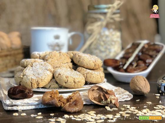 Biscotti 100 grammi FIOCCHI di AVENA fichi e noci
