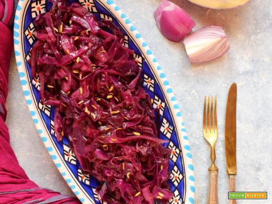 Cavolo rosso con aceto balsamico e semi di finocchio