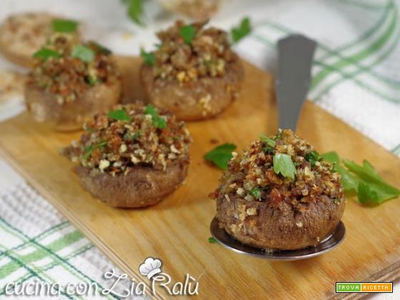 Funghi champignon ripieni vegani