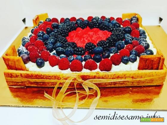 Torta cassetta di frutta, ricetta scenografica