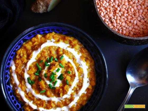Zuppa di lenticchie rosse al curry