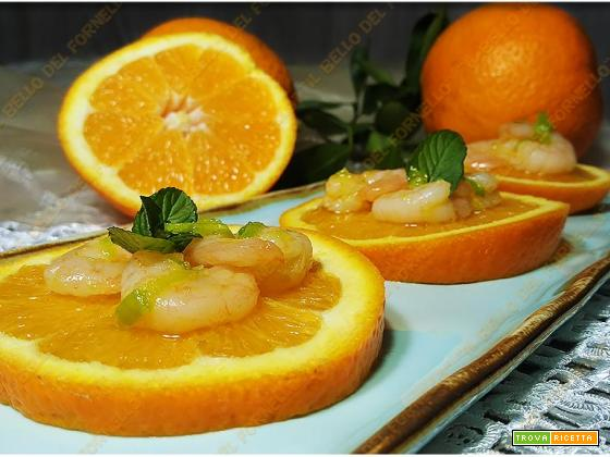 Antipasto di arance e gamberetti