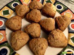 Mini muffin noci, aceto balsamico e parmigiano