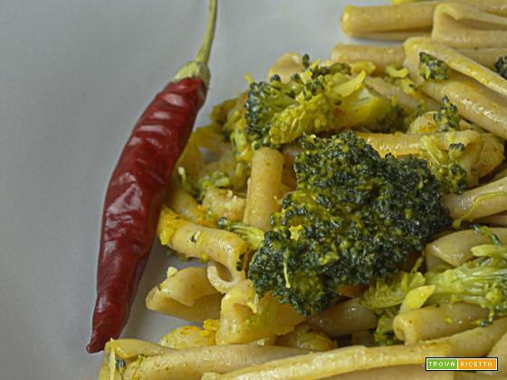 Pennette con broccoli e gamberi