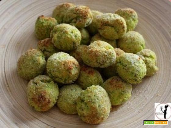 Polpettine di broccoli e ricotta in friggitrice ad aria