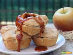 Mini apple pie con salsa al caramello