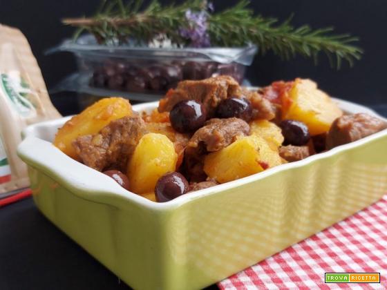 Spezzatino con olive in pentola a pressione