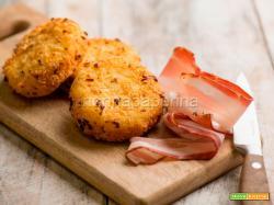 Polpette con patate e pancetta, una sfiziosa ricetta