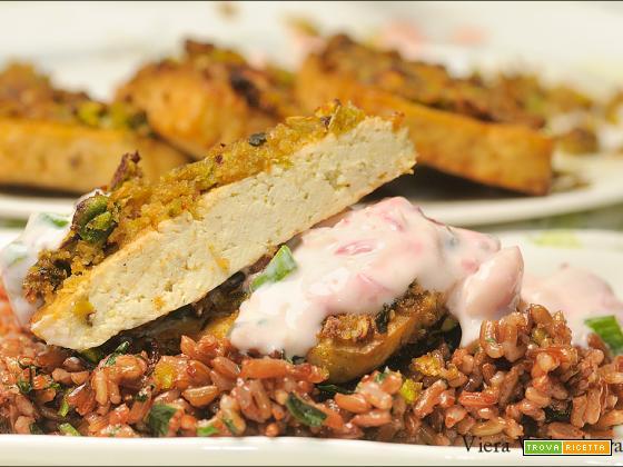 Tofu in crosta di pistacchi e tzatziki di ravanelli