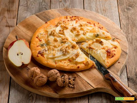 Pizza con pere e gorgonzola, una ricetta particolare