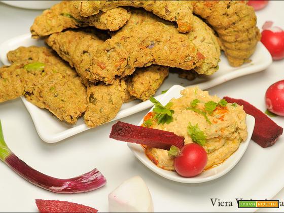 Biscotti al pistacchio con aglio e cipolla freschi