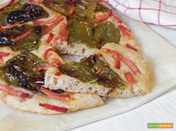 Pizza con friggitelli e guanciale