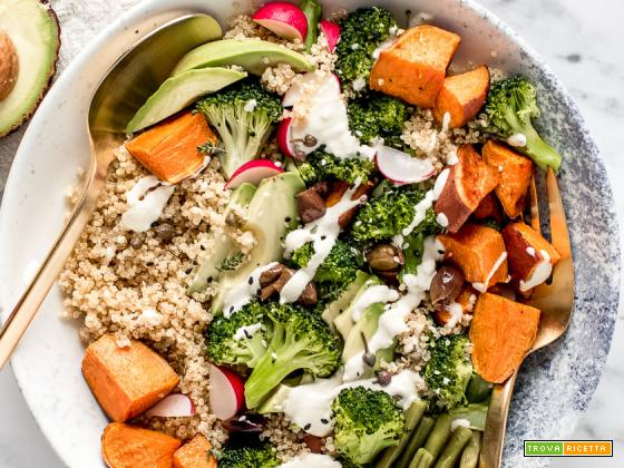 BUDDHA BOWL QUINOA e BROCCOLI | Sweet Potato Broccoli Buddha Bowl