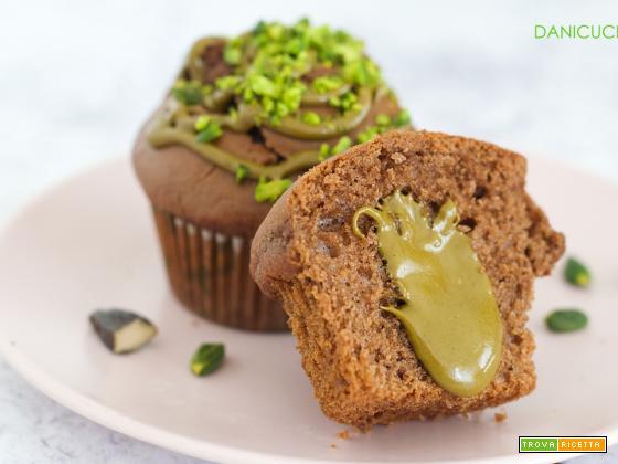 Muffin al Cacao Pistacchio e Fava Tonka