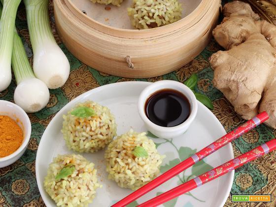 Zhenzhu Wanzi (Pearl Meatballs)