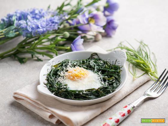 Nidi di agretti con le uova, un contorno proteico