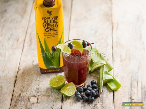 Bevanda con aloe e mirtilli, un concentrato di salute