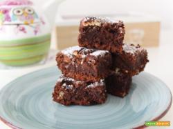 Brownies alle noci pecan e zucchero muscovado