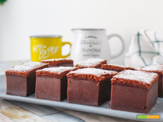 Torta magica al cacao senza glutine