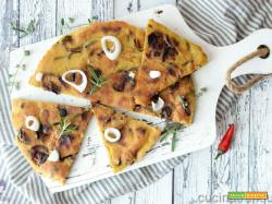 Focaccia senza lievito con curry e zucchine