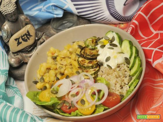 Buddha bowl estivo e senza glutine e senza sofferenza