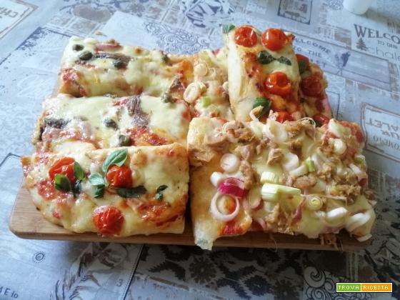 Pizza in teglia con impasto al basilico