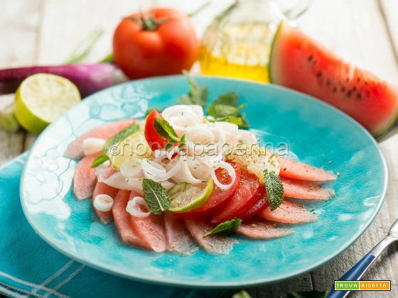 Carpaccio di eglefino e anguria, un piatto elegante