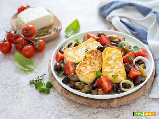 Insalata con halloumi e melanzane alla greca