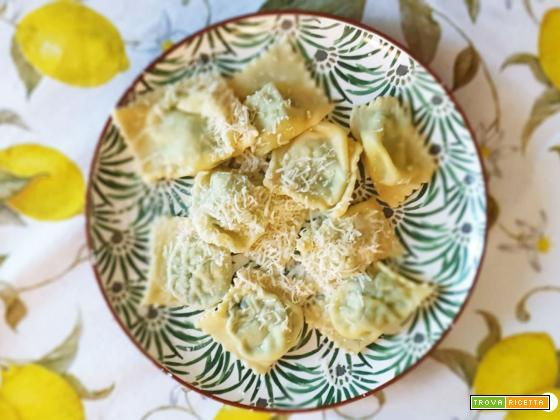 Tortelli di erbatta alla parmigiana