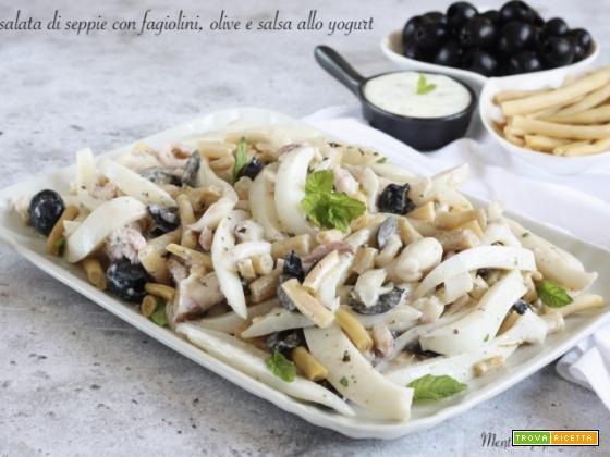 Insalata di seppie con fagiolini, olive e salsa allo yogurt