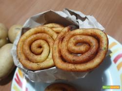 Girelle di patate fritte