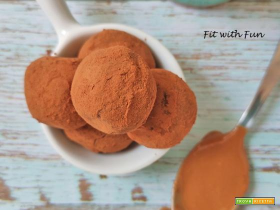 Tartufini Proteici al Burro di Arachidi con soli 2 Ingredienti