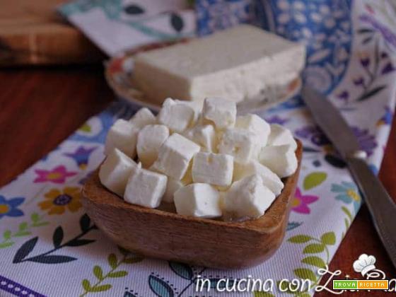 La feta formaggio greco proprietà ricette