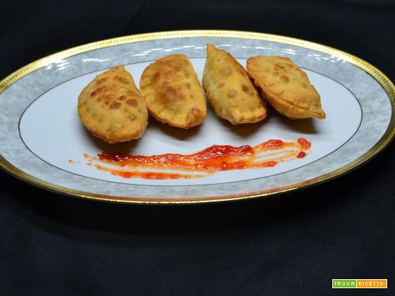 Ricetta – Ravioli fritti ripieni di salsiccia