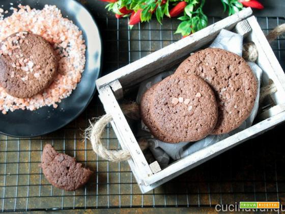 Biscotti cioccolato e sale rosa