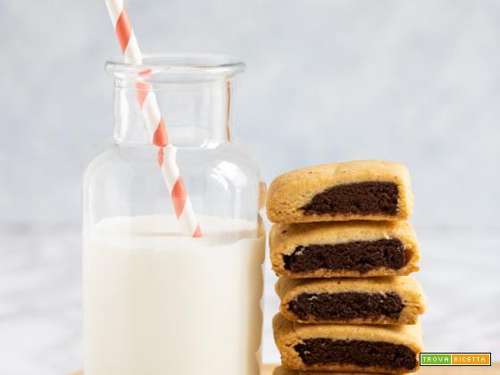 Biscotti al cioccolato tipo nascondini