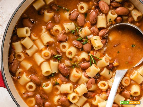 PASTA e FAGIOLI Ricetta   Vegan Italian Pasta e Fagioli Recipe