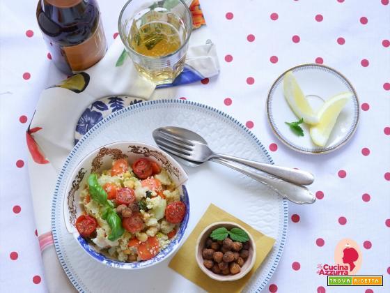 Cous cous con verdure in padella, pomodorini confit e ceci fritti speziati!