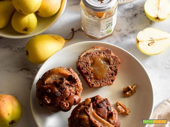 Muffin al cacao con ricotta e pere