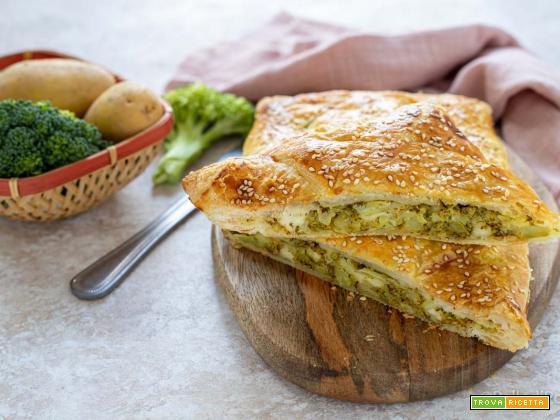 Strudel salato con broccoli e patate