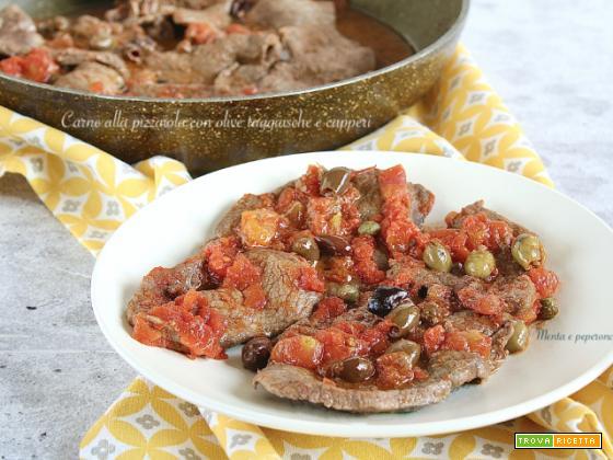 Carne alla pizzaiola con olive taggiasche e capperi