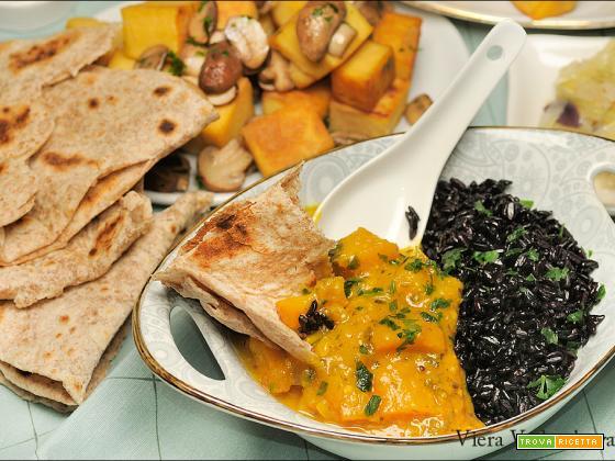 Curry di zucca con riso nero senza glutine