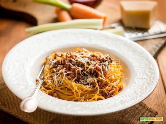 Maccheroncini di Campofilone al ragù, un primo gustoso