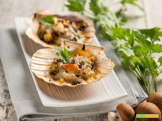 Coquilles Saint Jacques ai funghi, un piatto ai frutti di mare