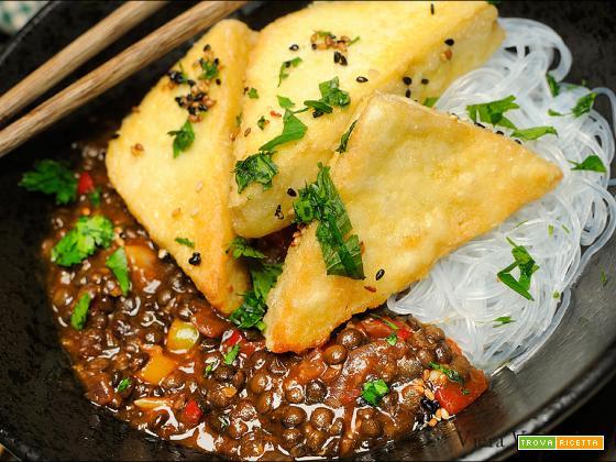 Semplicemente tofu con la salsa di Hatcho miso